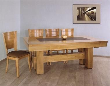 """שולחן עץ מלא לפינת אוכל """"נובל"""""""