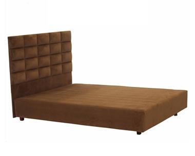 מיטות: מיטה זוגית מרופדת דגם מונטריי