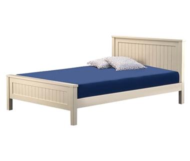 מיטות: מיטה זוגית מעץ מלא דגם רוני