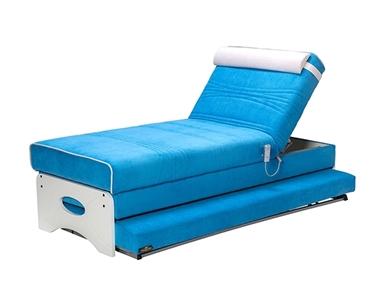 מיטות: ספת נוער מתכווננת + מיטה נגררת על קל דגם קוד קוד