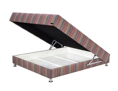 תמונה של מיטות: בסיס מיטה זוגית מרופד ללא מסגרת דגם הוטלסליפ