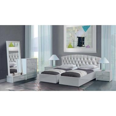 חדרי שינה: חדר שינה זוגי קלאסי עם הפרדה דגם אביב
