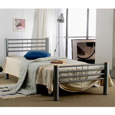 מיטות: מיטה זוגית עשויה מתכת דגם טובה
