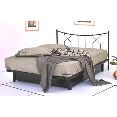 תמונה של מיטות: מיטה זוגית דגם כתר