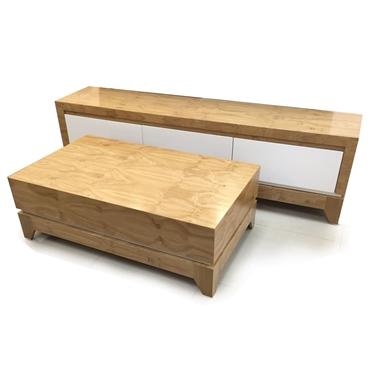 מזנונים ושולחנות טלוויזיה: מזנון + שולחן מעץ מלא דגם דן