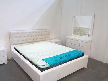 חדרי שינה: חדר שינה זוגי עץ מלא דגםנעם