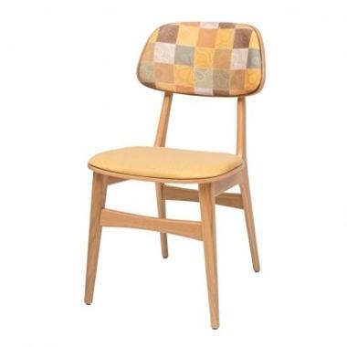 כסאות: כסא עץ לפינת אוכל דגם עמיאל מושב וגב מרופדים