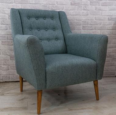 כורסאות: כורסא בעלת מושב מרופד דגם אוהד