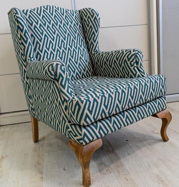כורסאות: כורסא בעלת מושב מרופד דגם גיא