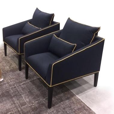 כורסאות: כורסא בעלת מושב מרופד דגם סימה