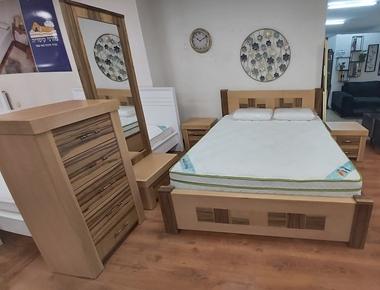 תמונה של חדר שינה מעץ אפריקאי משולב דגם ניו יורק